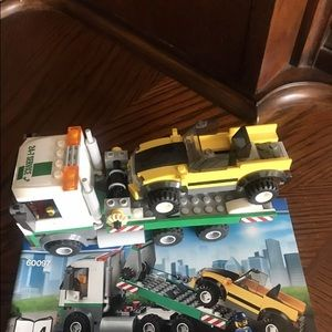 LEGO city tow truck with booklet